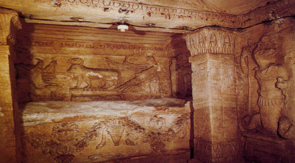 Entrance into the main sarcophagus room