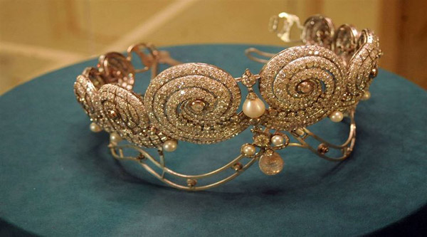 Royal crown on display at the Royal Jewelry museum.