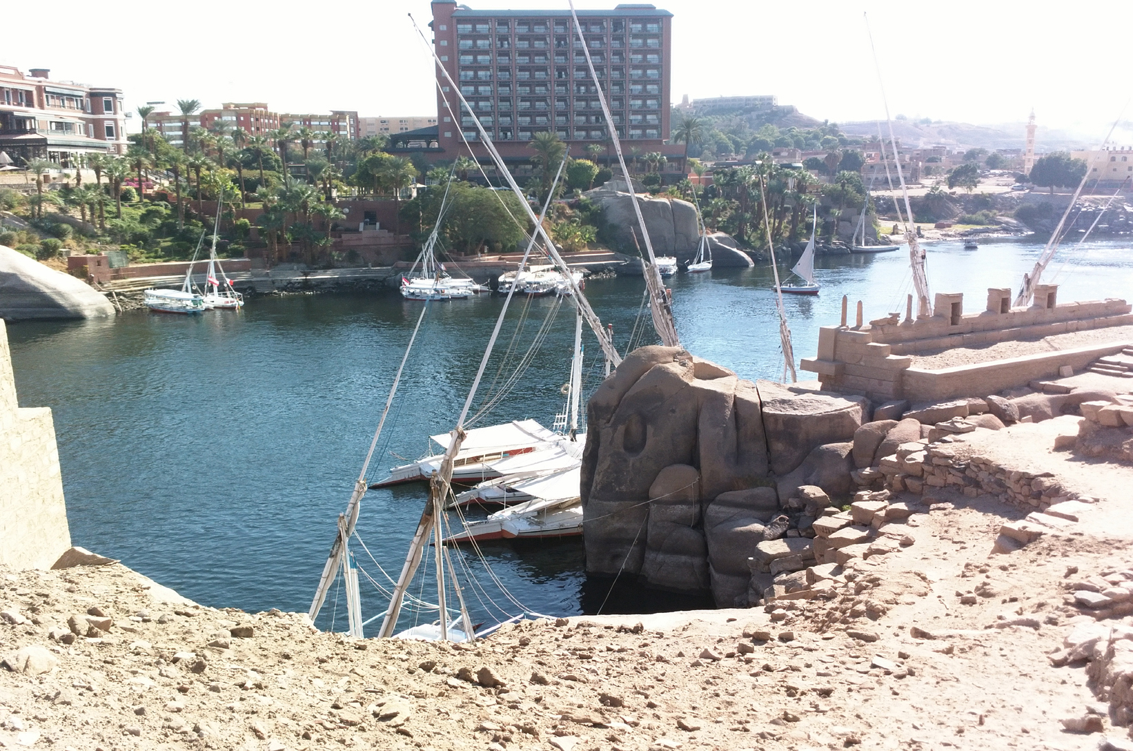 Excursion around Aswan's islands.