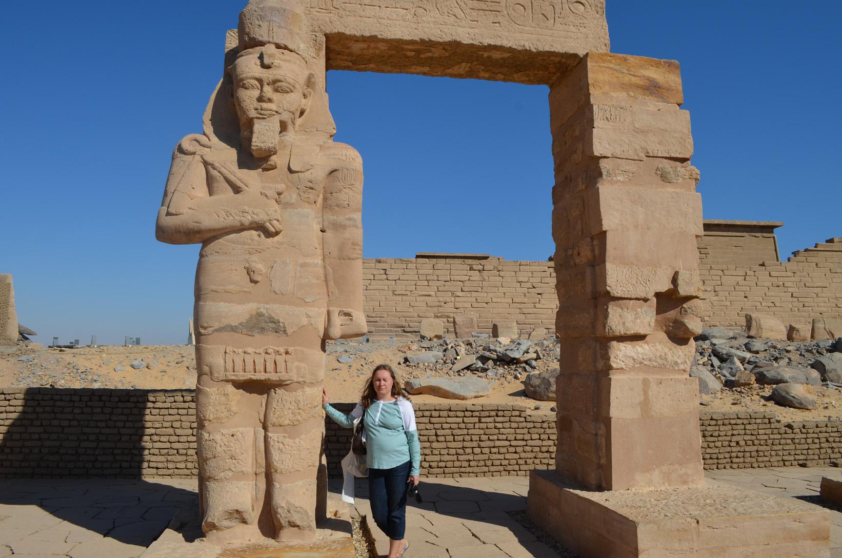 Колоссы храма Гарф Хусейн