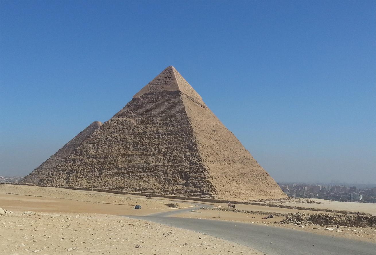 Пирамида Хефрена, вторая по велечине в Гизе