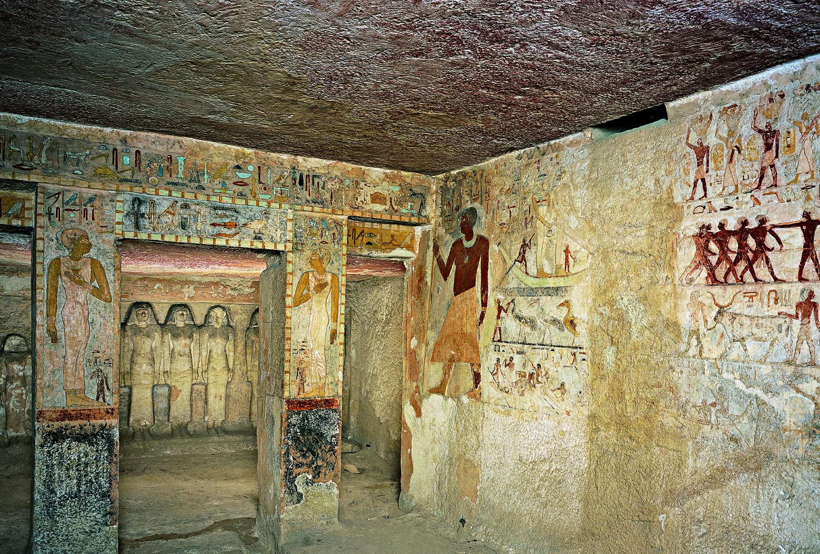 Внутри гробницы принцессы Мирис-анкх