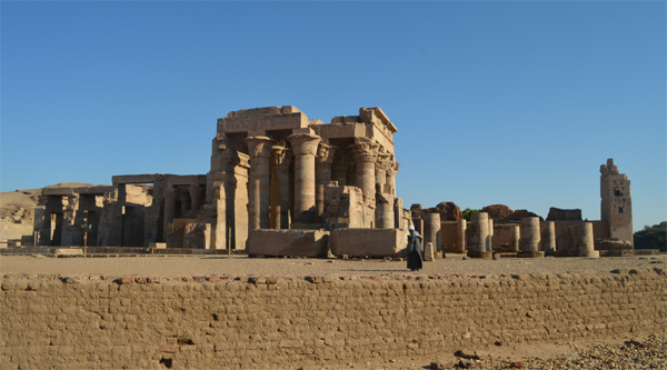 Excursion to Kom Ombo temple.
