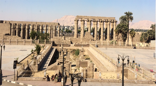 Overview of Luxor temple