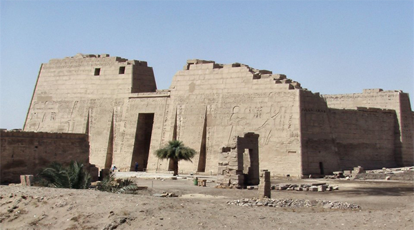 Medinet Habu temple overview.