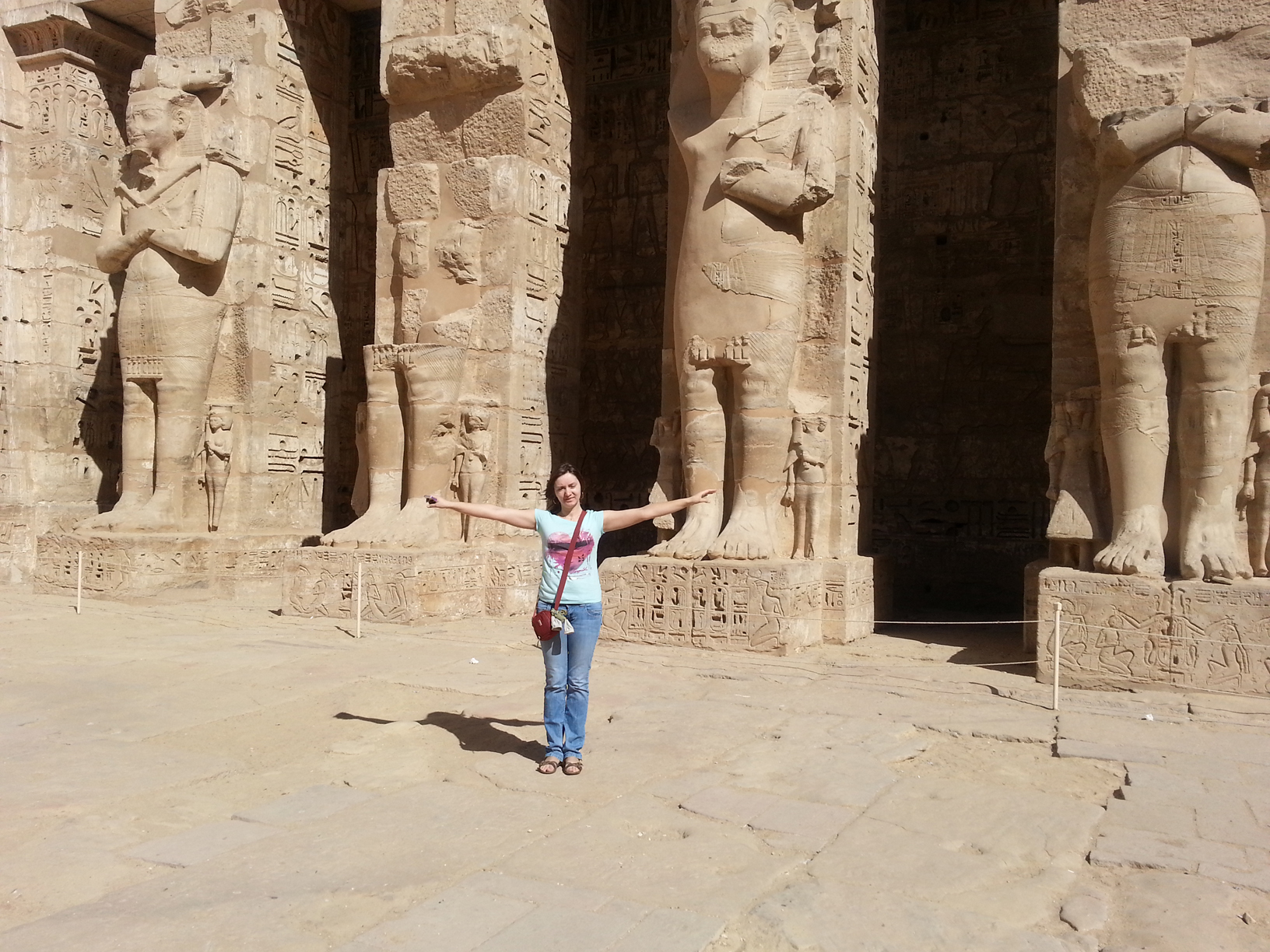 Medinat Habu temple tour in Luxor