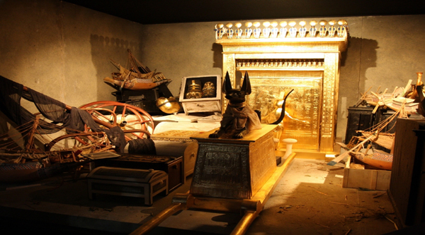 Inside the tomb of Tutankhamon