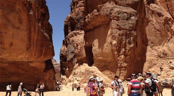 Canyon or Siq leading to Petra city