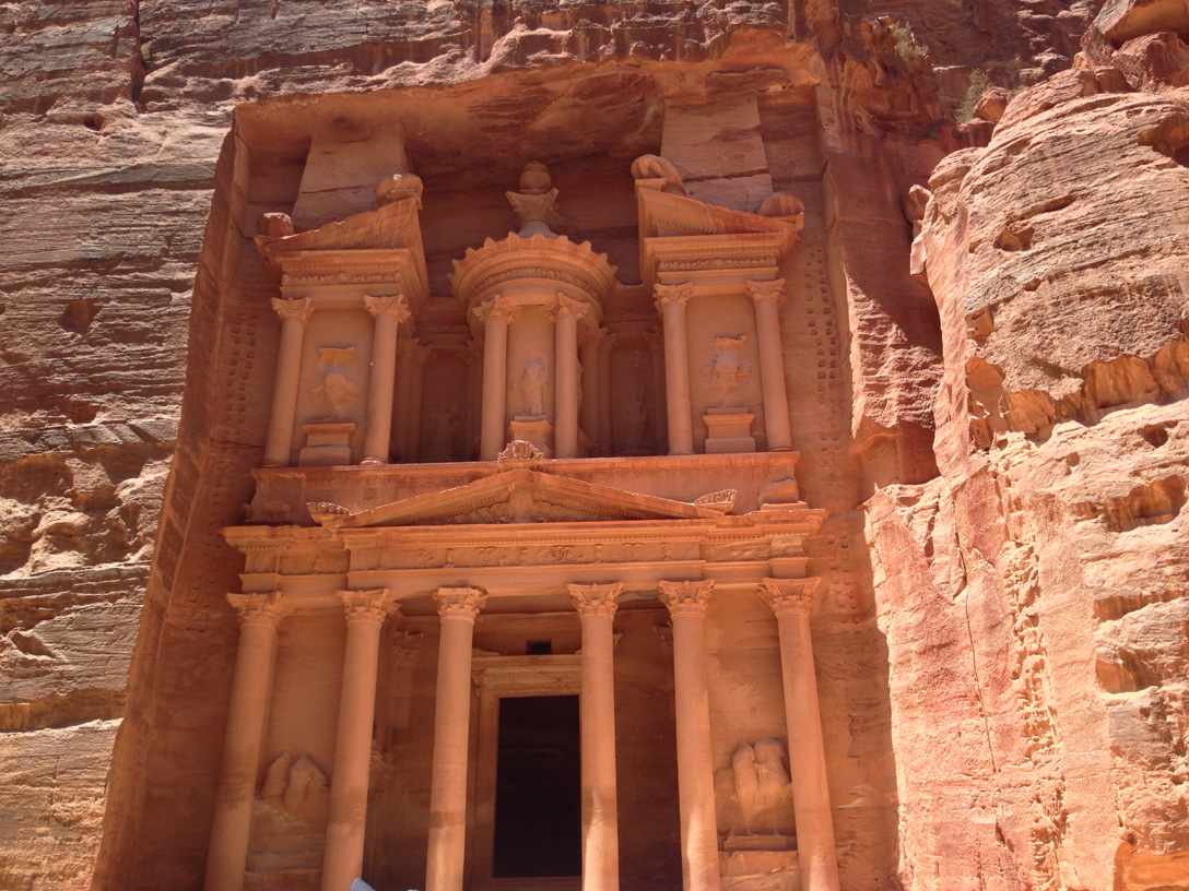El Khazna temple in Petra
