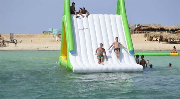Водные развлечения на острове