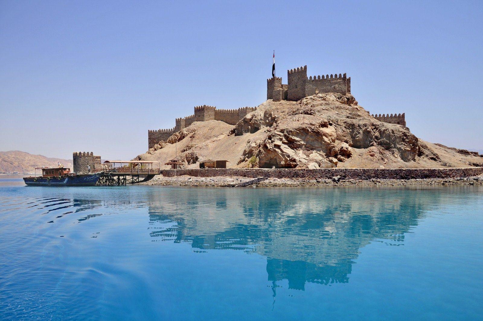 Pharaohs island citadel in Taba
