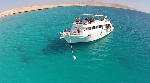 Snorkeling at Mahmya island in Hurghada