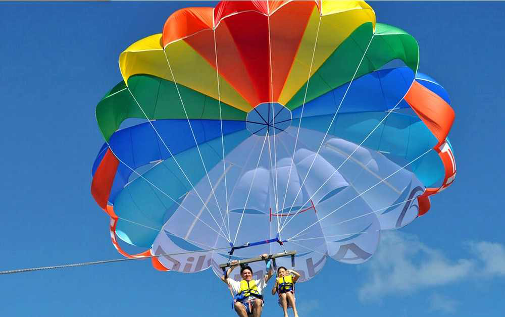 Parasailing activity in Sharm el Sheikh