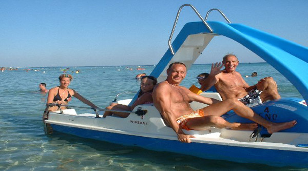 Experience pedalo during your tour
