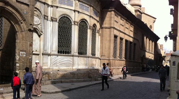 Главный фасад сабиля и мечети аль-Силахдара