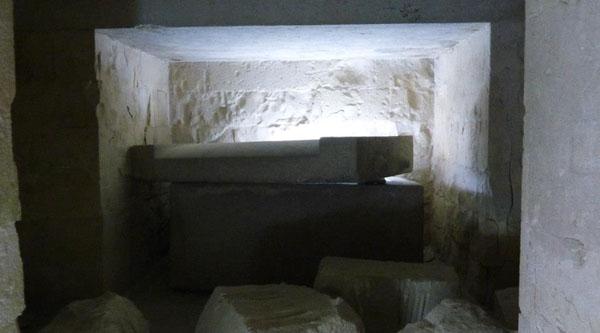 Sarcophagus inside the pyramid