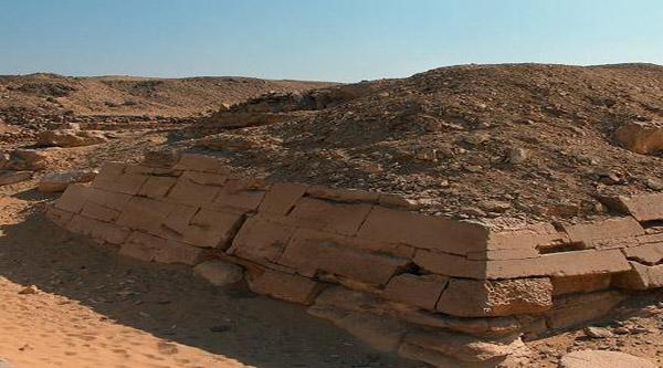 Погребенная пирамида Сехемхета