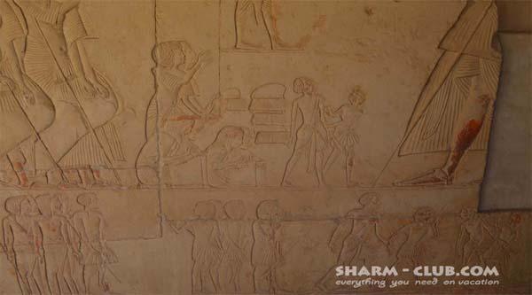 Расписная стена в гробнице Хоремхеба