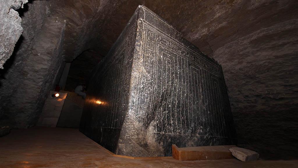 Один из саркофагов Сарапеума, Саккара